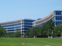 一个非常大办公室校园 免版税库存照片