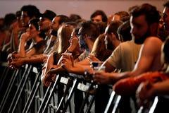 从一个音乐会的人群在生波探侧器节日 免版税库存照片