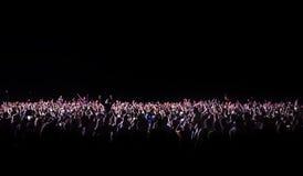 一个音乐会的观众在晚上 库存图片