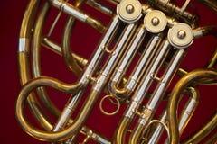 一个音乐铜管乐器的细节 免版税库存照片