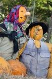 一个顶头稻草人的万圣夜玩偶的特写镜头 免版税图库摄影