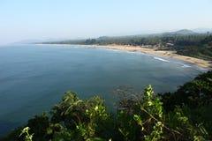从一个高的地点看见的长滩 免版税图库摄影