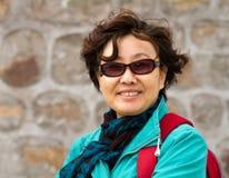 一个高级亚裔夫人的特写镜头纵向 库存图片