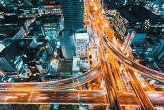 一个高速公路交叉点的鸟瞰图在大阪,日本 库存图片
