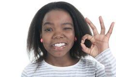 一个年轻哥伦比亚小女孩的画象 免版税库存图片