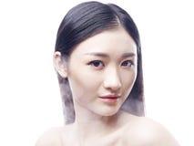 一个年轻女性亚洲模型的画象 免版税图库摄影
