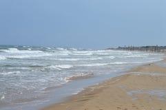 一个离开的西班牙海滩 免版税库存图片