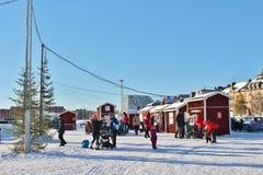 一个晴朗的冬日在南部的港口在LuleÃ¥ 免版税库存照片
