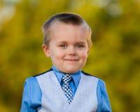 从一个年轻男孩的大微笑 库存图片