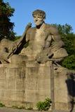 以一个死的战士为特色的雕象在慕尼黑,德国 库存图片