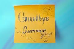 一个贴纸与词再见夏天 免版税库存图片