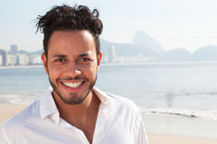 一个巴西人的画象科帕卡巴纳海滩的 库存照片