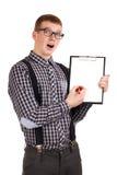 一个年轻人的纵向有笔记板的 库存图片