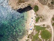 一个beautyful沙滩的鸟瞰图 图库摄影