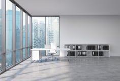 一个CEO工作场所在一个现代壁角全景办公室有新加坡市视图 有膝上型计算机,白革椅子的一张白色书桌和 向量例证