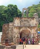 一个Famosa葡萄牙堡垒的遗骸在马六甲,马来西亚 免版税库存图片