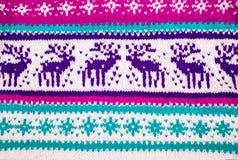 一件冬天毛线衣的装饰品有鹿的 库存图片
