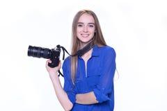 一位女性摄影师的画象 免版税库存照片