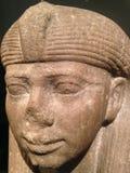 一位女王/王后或一位公主的雕象的头作为一个狮身人面象在大都会艺术博物馆 图库摄影