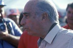 一位著名阿根廷人意大利汽车司机, Fangio,在第35 Pebble海滩,加利福尼亚Concours参与葡萄酒车展,加州 1 免版税库存图片