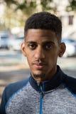 一位年轻,黑人运动员- NYC的画象-秋天2016年 库存照片