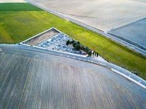 一农村cementery的鸟瞰图在西班牙 免版税图库摄影