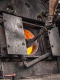 一列老蒸汽火车的锅炉 免版税库存图片