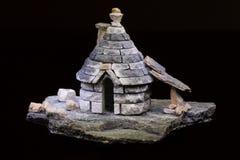 一古老意大利abitation trullo的模型 库存照片