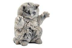 一只蓬松猫的小雕象 库存图片