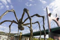 一只蜘蛛,毕尔巴鄂的铜雕塑在古根海姆美术馆的 图库摄影