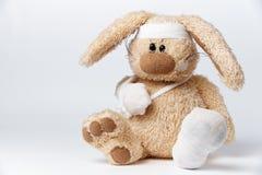 一只软的玩具兔子 免版税库存照片