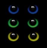 一只野生动物的眼睛在黑暗传染媒介的 库存例证