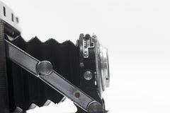 一台古色古香的照相机的透镜的宏观照片 免版税图库摄影