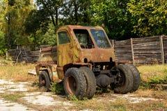 一台拖拉机 免版税库存照片