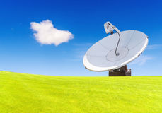 一台无线电望远镜是定向收音机的形式 库存照片