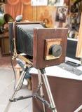 一台老减速火箭的葡萄酒影片照相机 库存照片