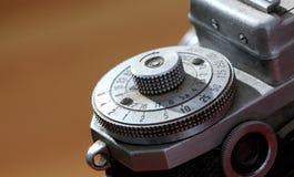 一台老葡萄酒影片照相机的细节,宏指令 免版税库存图片