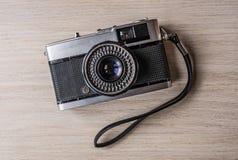 一台老葡萄酒照相机 免版税库存照片