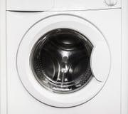一台绝密空的洗衣机的特写镜头 库存照片