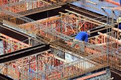一名人建筑工人 免版税库存照片