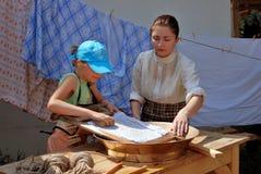 一名妇女的画象历史服装的 免版税库存图片