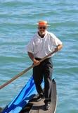 一名威尼斯式平底船的船夫的画象,威尼斯(意大利) 库存照片
