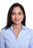 一名微笑的土耳其女实业家的护照图片 免版税图库摄影
