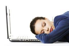 一名用尽的女实业家休眠 免版税库存照片
