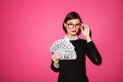 一名确信的成功的女实业家的画象 免版税库存照片