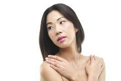 一名美丽的亚裔妇女的秀丽画象 免版税库存照片