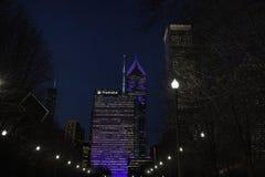 一和两谨慎广场在街市芝加哥 免版税库存照片