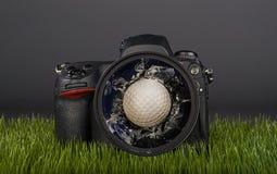 一坏高尔夫球天 免版税库存照片