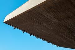 一块圆形剧场天花板的抽象照片与聚光灯的 库存图片