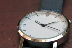一块白色手表 库存图片